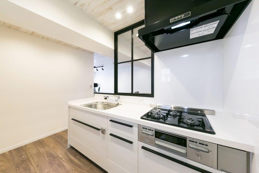2-1.セミオープン型キッチン