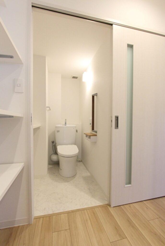 狭かったトイレは、広さを拡張